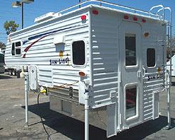 New 2007 Sun Lite 690 Deluxe Edition Truck Camper