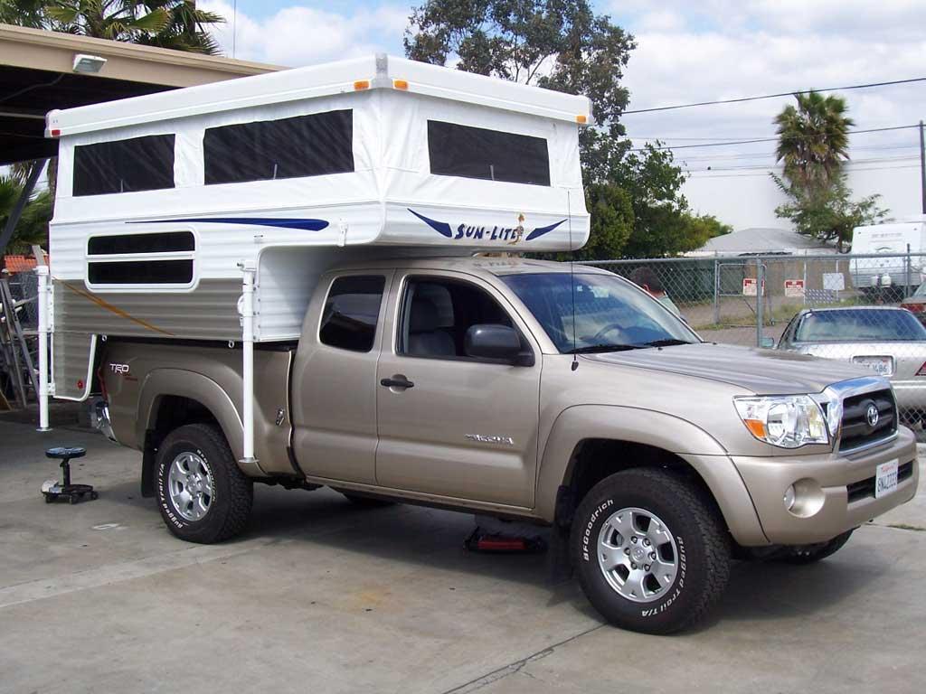 Toyota Tacoma Pop Up Camper